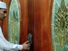 Tutup Pintu Adzan Maghrib