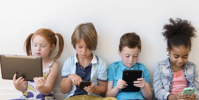 anak kecanduan smartphone