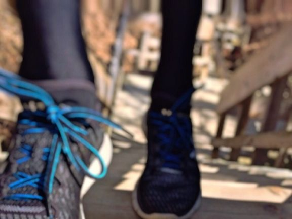 manfaat olahraga naik turun tangga