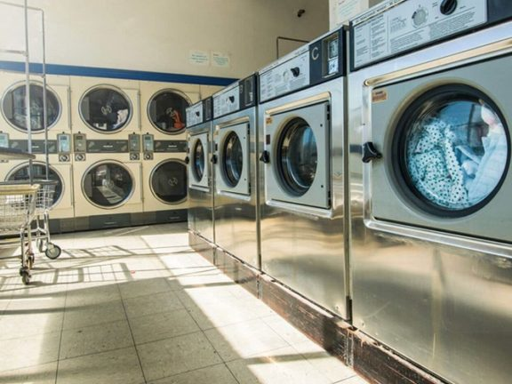 modal bisnis laundry