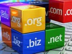 50. Paket hosting dan domain murah