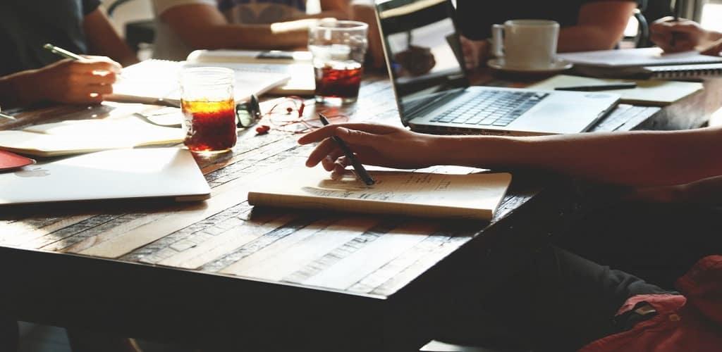 cara manajemen keuangan usaha