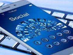 tips menggunakan sosial media dengan bijak supaya tidak mempengaruhi karier di kantor