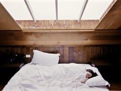 Tips mencegah jet lag selama penerbangan