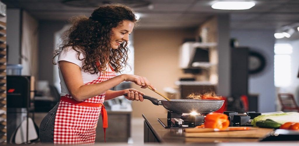 Bisnis Makanan Online dari Rumah, Ini Info Lengkapnya ...