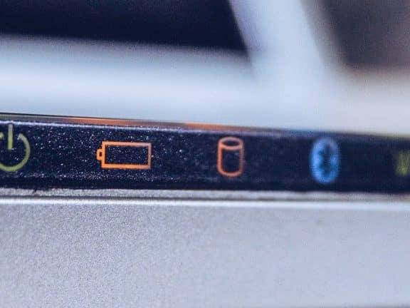 Cara Memperbaiki Baterai Laptop