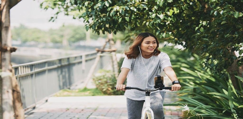olahraga saat puasa untuk menurunkan berat badan