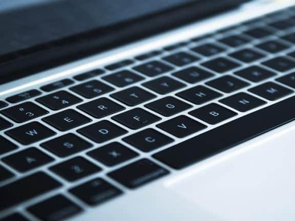 penyebab keyboard laptop error
