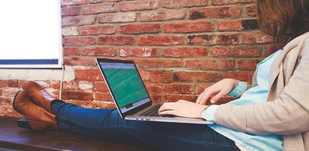 Cara memperbesar Layar Laptop